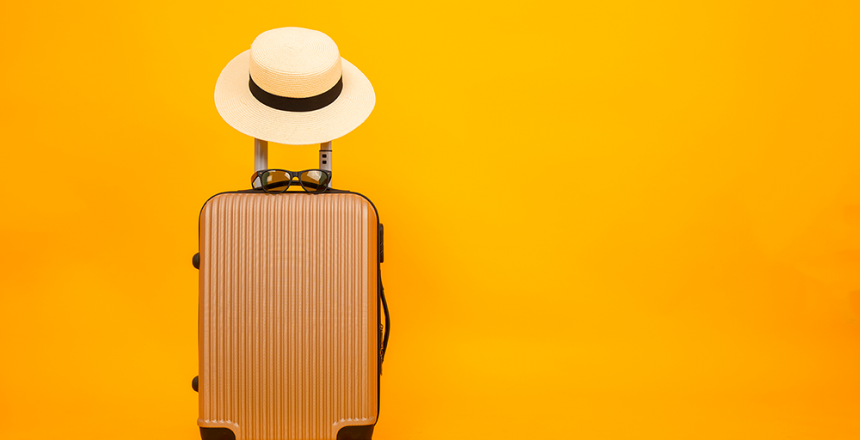 Juli er tid for ferie. Selv om mange tar innenlands ferie, er det likevel viktig å ha sikkerhet i god behold. Ingen ønsker å bli hacket.